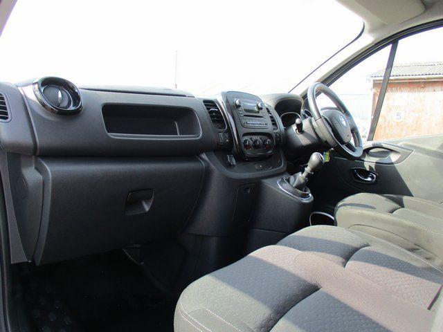 2018 Vauxhall Vivaro L2 H1 2900 1.6CDTI 120PS SPORTIVE EURO 6. AIR CON (VN67UVV) Image 13