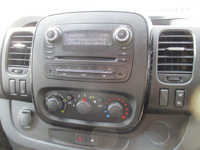 2018 Vauxhall Vivaro L2 H1 2900 1.6CDTI 120PS SPORTIVE EURO 6. AIR CON (VN67UVV) Image 16