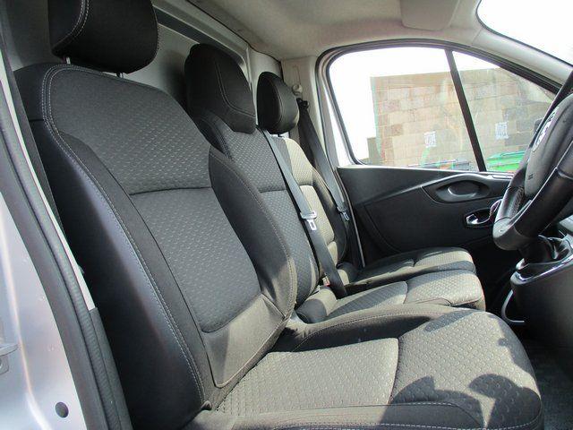 2018 Vauxhall Vivaro L2 H1 2900 1.6CDTI 120PS SPORTIVE EURO 6. AIR CON (VN67UVV) Image 14