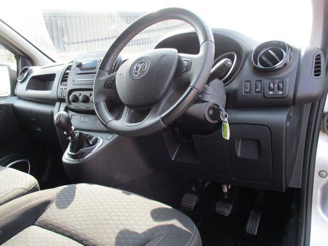 2018 Vauxhall Vivaro L2 H1 2900 1.6CDTI 120PS SPORTIVE EURO 6. AIR CON (VN67UVV) Image 15