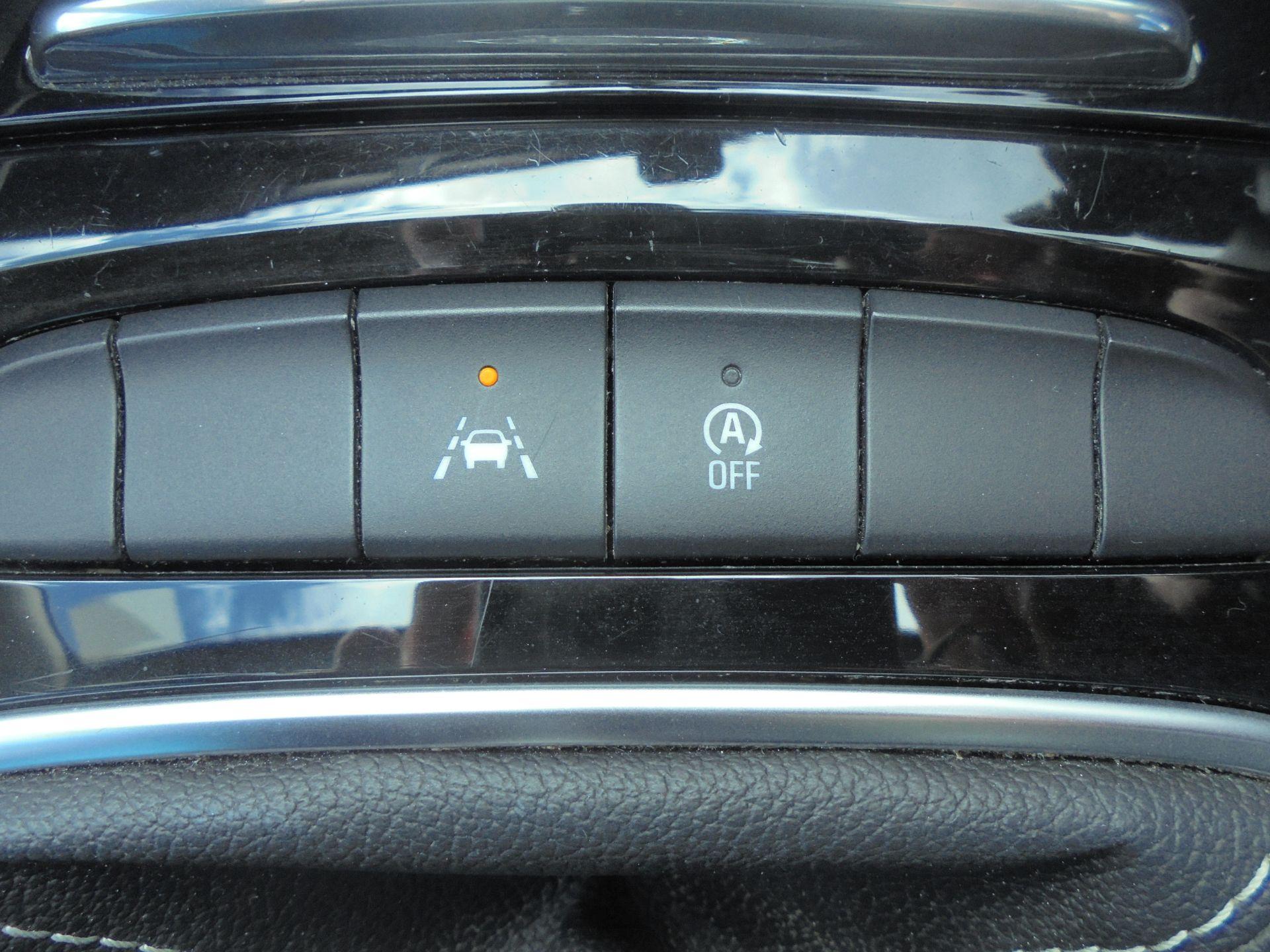 2018 Vauxhall Insignia Grand Sport 1.6 Turbo D Ecotec [136] Sri Nav 5Dr (VU18DFF) Image 18