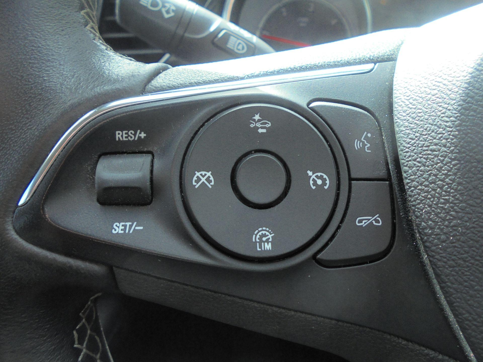 2018 Vauxhall Insignia Grand Sport 1.6 Turbo D Ecotec [136] Sri Nav 5Dr (VU18DFF) Image 14
