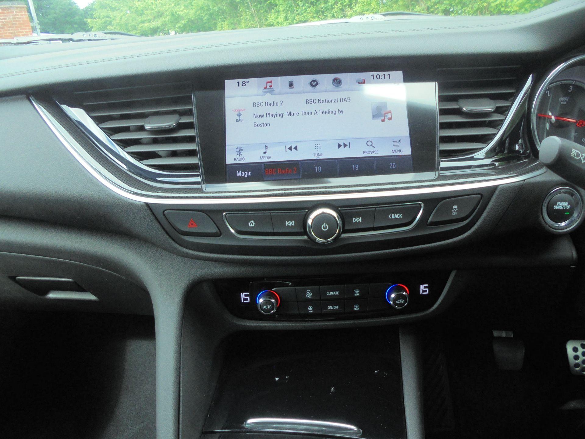 2018 Vauxhall Insignia 1.6 Grand Sport Turbo D Ecotec [136] Sri Nav 5Dr (VU18DFG) Image 15