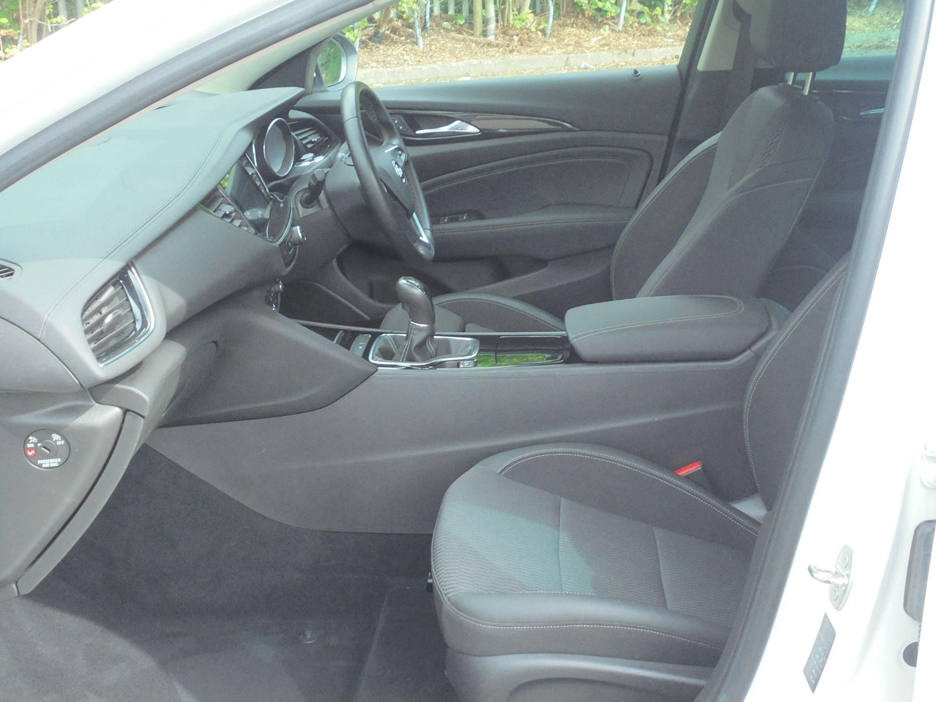 2018 Vauxhall Insignia 1.6 Grand Sport Turbo D Ecotec [136] Sri Nav 5Dr (VU18DFG) Image 6