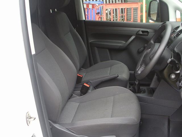 2015 Volkswagen Caddy  1.6 102PS STARTLINE EURO 5 (WFZ3968) Image 19