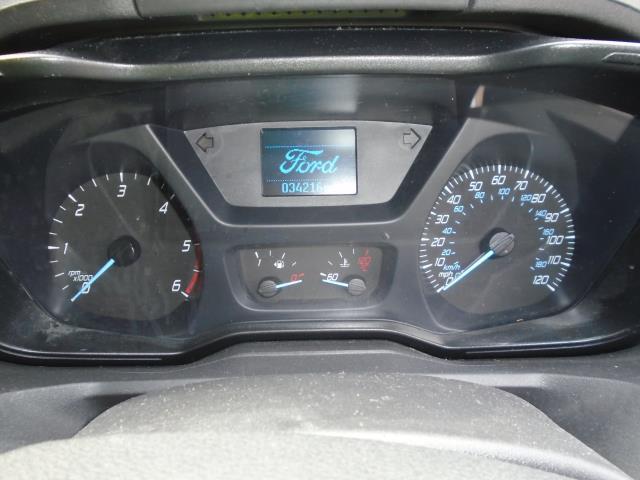 2016 Ford Transit Custom  290 L1 DIESEL FWD 2.2 TDCI 125PS LOW ROOF TREND VAN EURO 5 (WM16XOB) Image 17