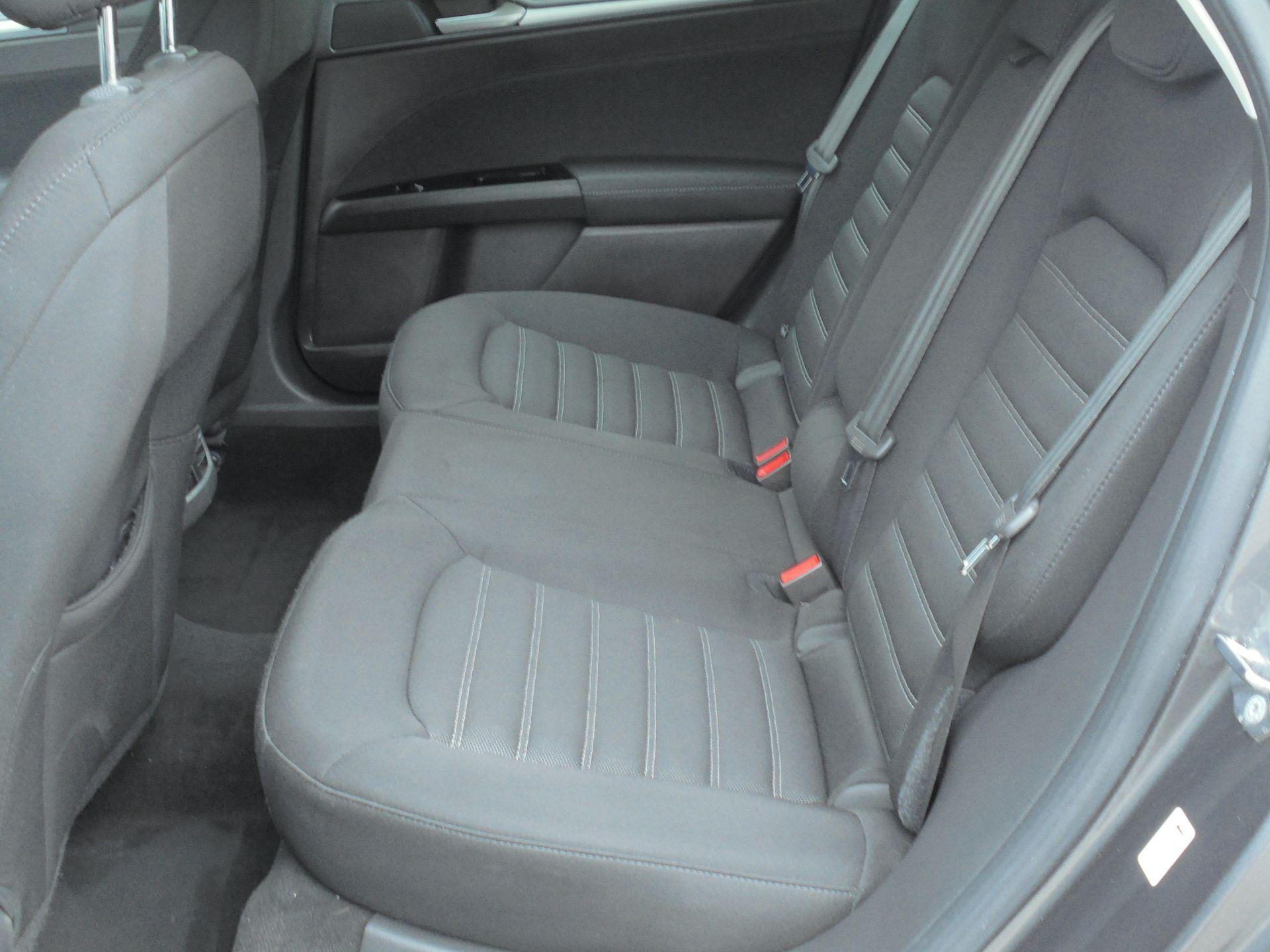 2017 Ford Mondeo 2.0 Tdci Econetic Zetec 5Dr [Nav] (WM17RHO) Image 6