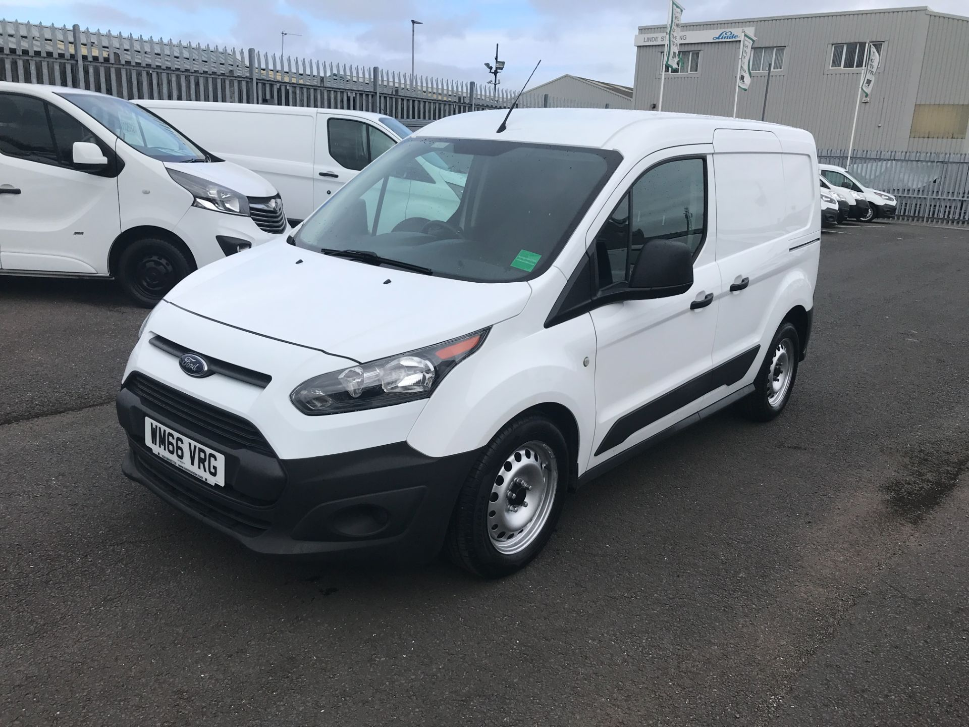 2016 Ford Transit Connect T200 L1 H1 1.5TDCI 75PS EURO 5 (WM66VRG) Image 3