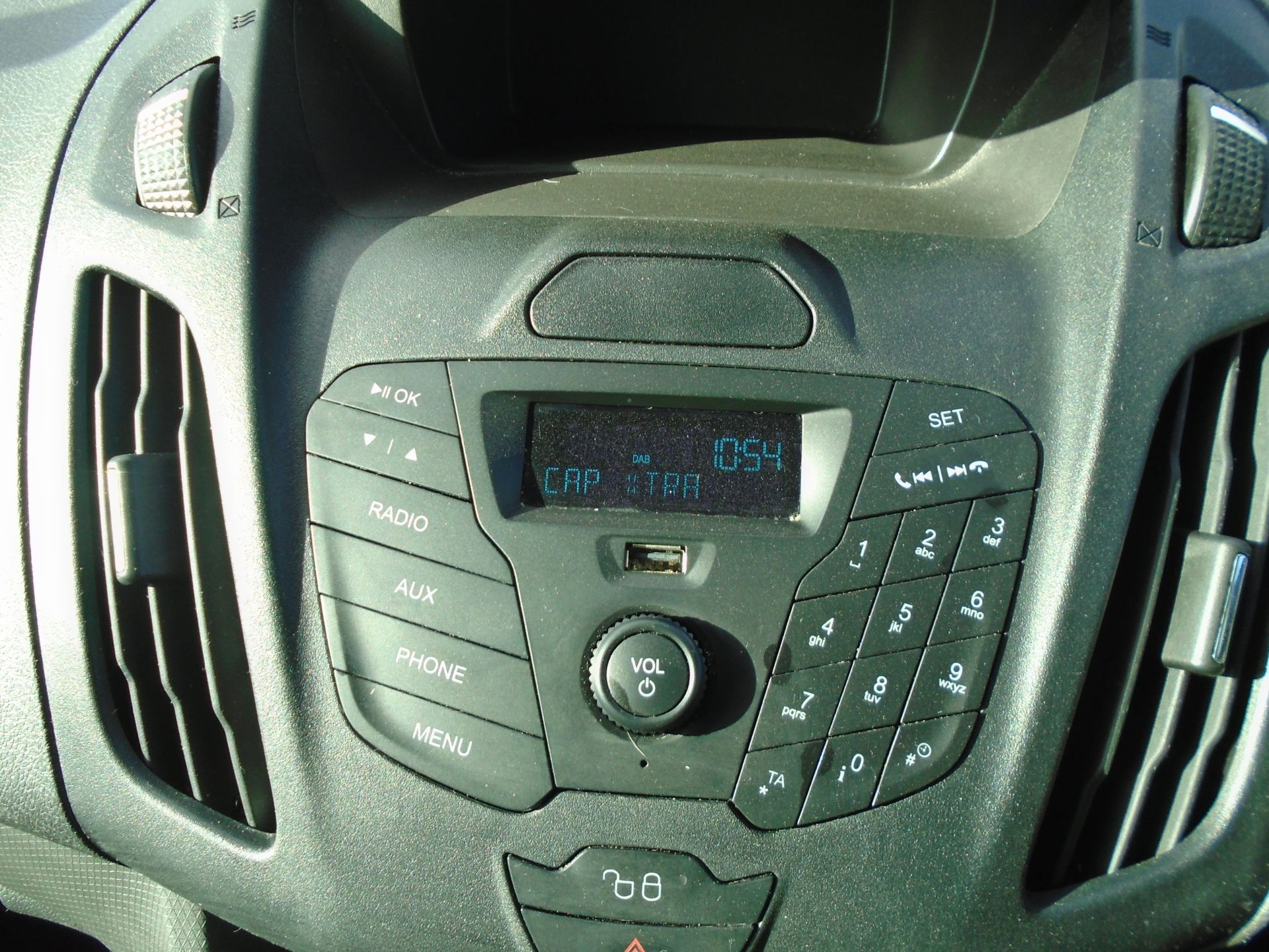 2016 Ford Transit Connect 1.5 Tdci 75Ps Van (WM66XGN) Image 19