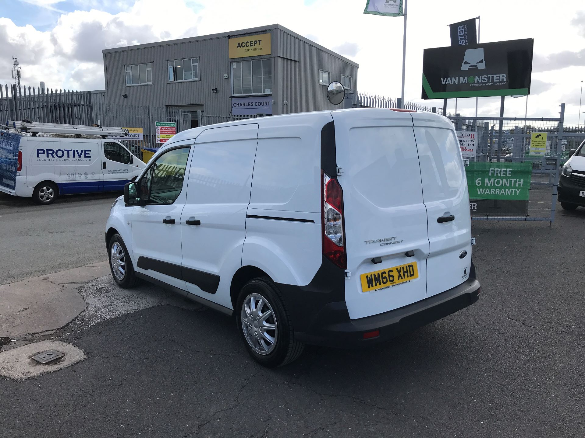 2016 Ford Transit Connect T200 L1 H1 1.5TDCI 75PS  (WM66XHD) Image 5