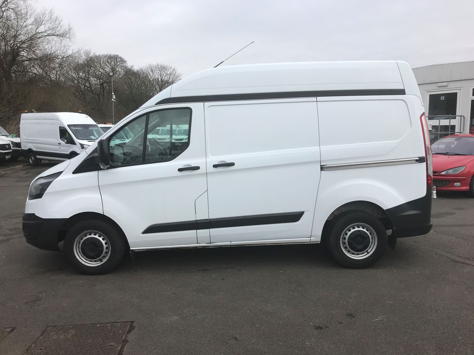 2016 Ford Transit Custom 2.0 TDCI 130PS HIGH ROOF VAN EURO 6 (WM66XJL) Image 4