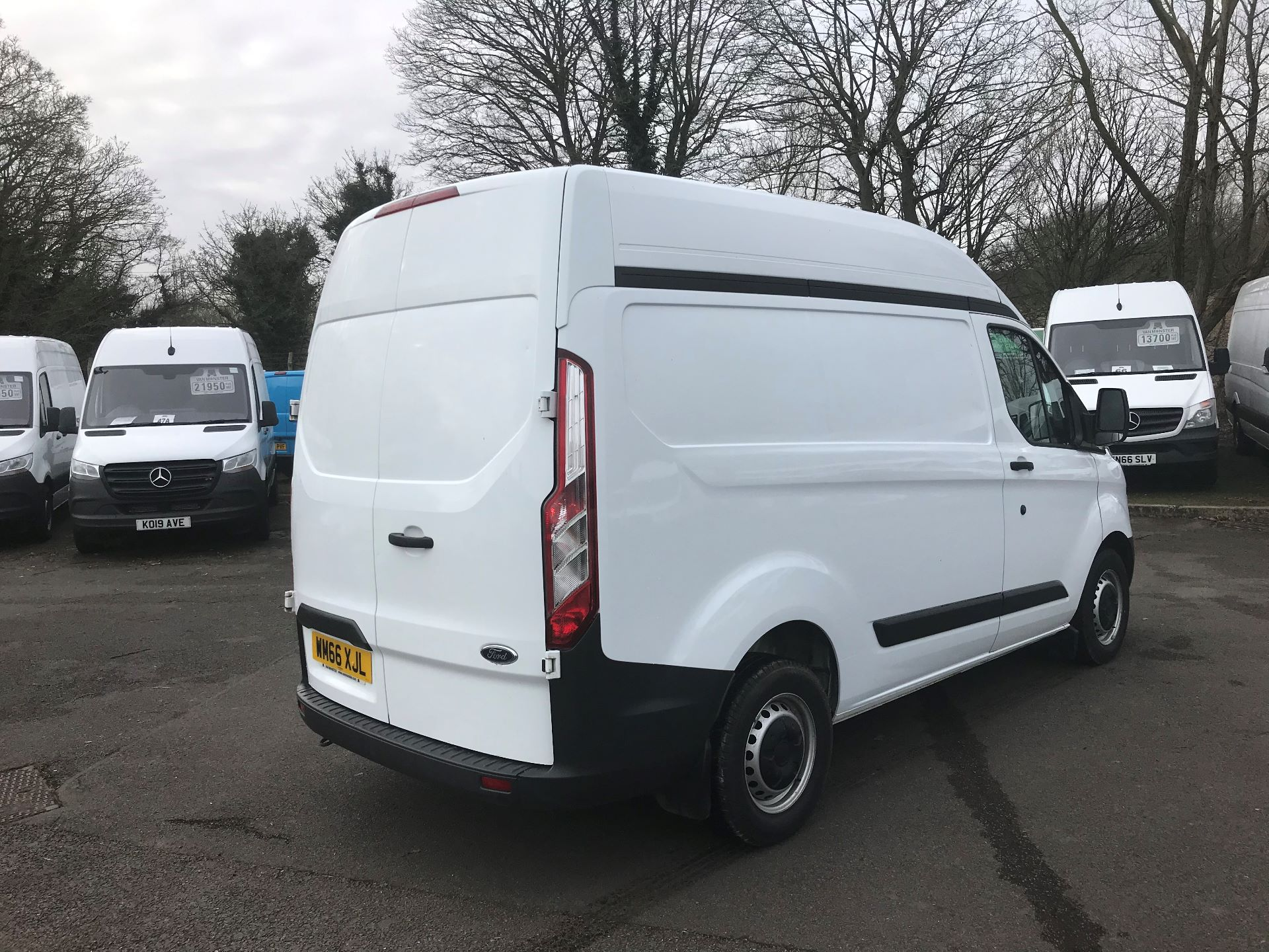 2016 Ford Transit Custom 2.0 TDCI 130PS HIGH ROOF VAN EURO 6 (WM66XJL) Image 9