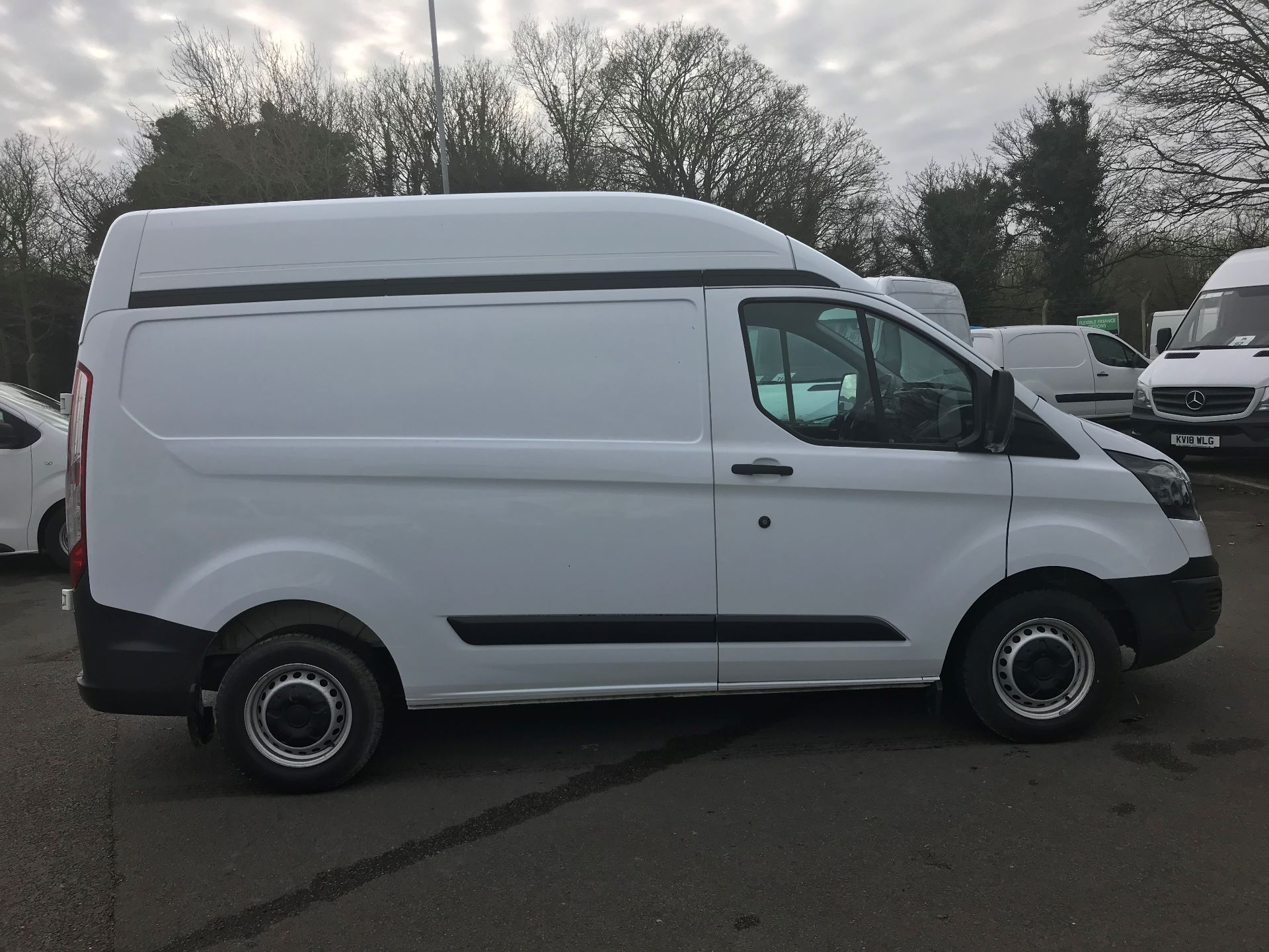 2016 Ford Transit Custom 2.0 TDCI 130PS HIGH ROOF VAN EURO 6 (WM66XJL) Image 10