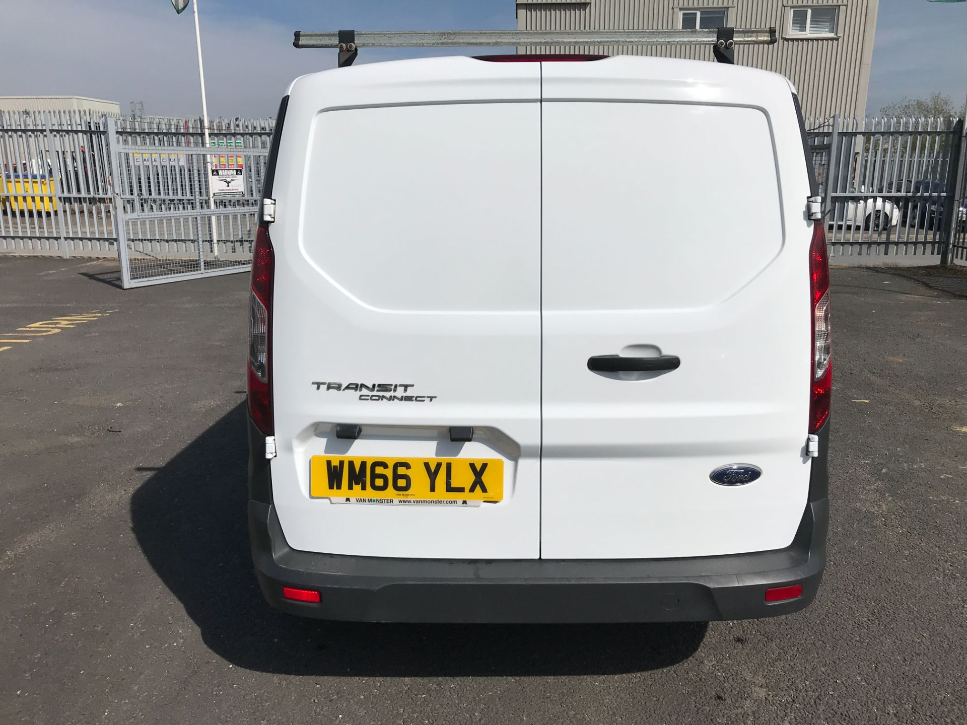 2016 Ford Transit Connect T200 L1 H1 1.5TDCI 75PS EURO 6 (WM66YLX) Image 9