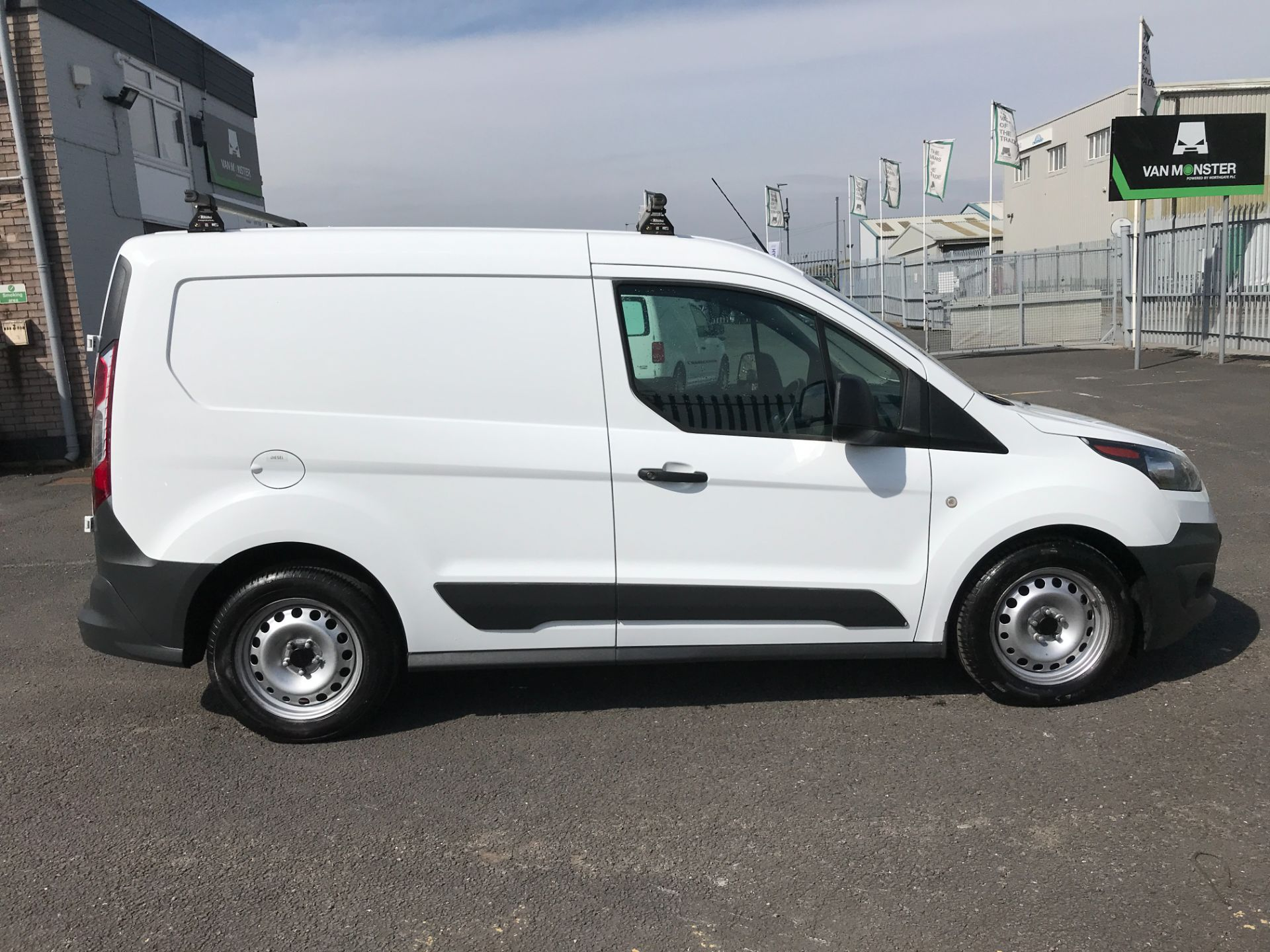 2016 Ford Transit Connect T200 L1 H1 1.5TDCI 75PS EURO 6 (WM66YLX) Image 7
