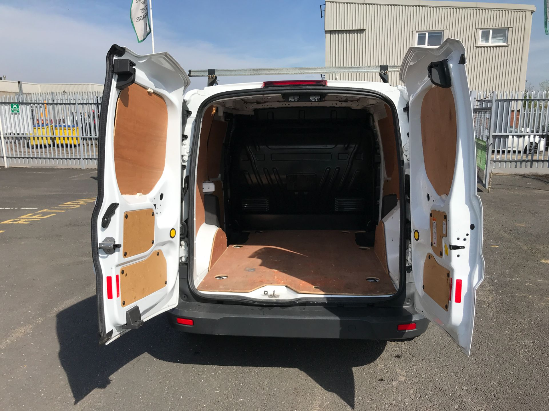 2016 Ford Transit Connect T200 L1 H1 1.5TDCI 75PS EURO 6 (WM66YLX) Image 16