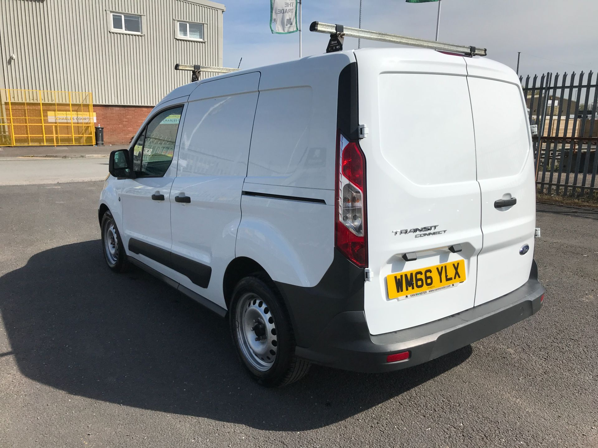 2016 Ford Transit Connect T200 L1 H1 1.5TDCI 75PS EURO 6 (WM66YLX) Image 10
