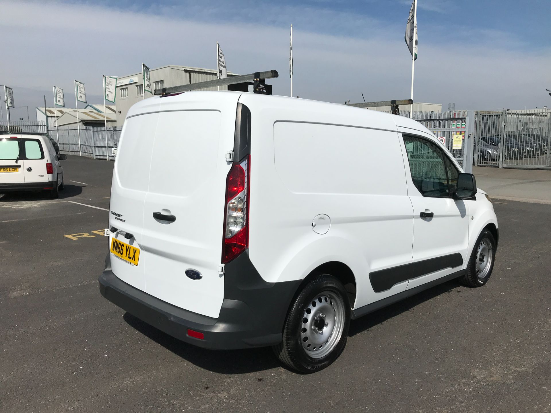 2016 Ford Transit Connect T200 L1 H1 1.5TDCI 75PS EURO 6 (WM66YLX) Image 8