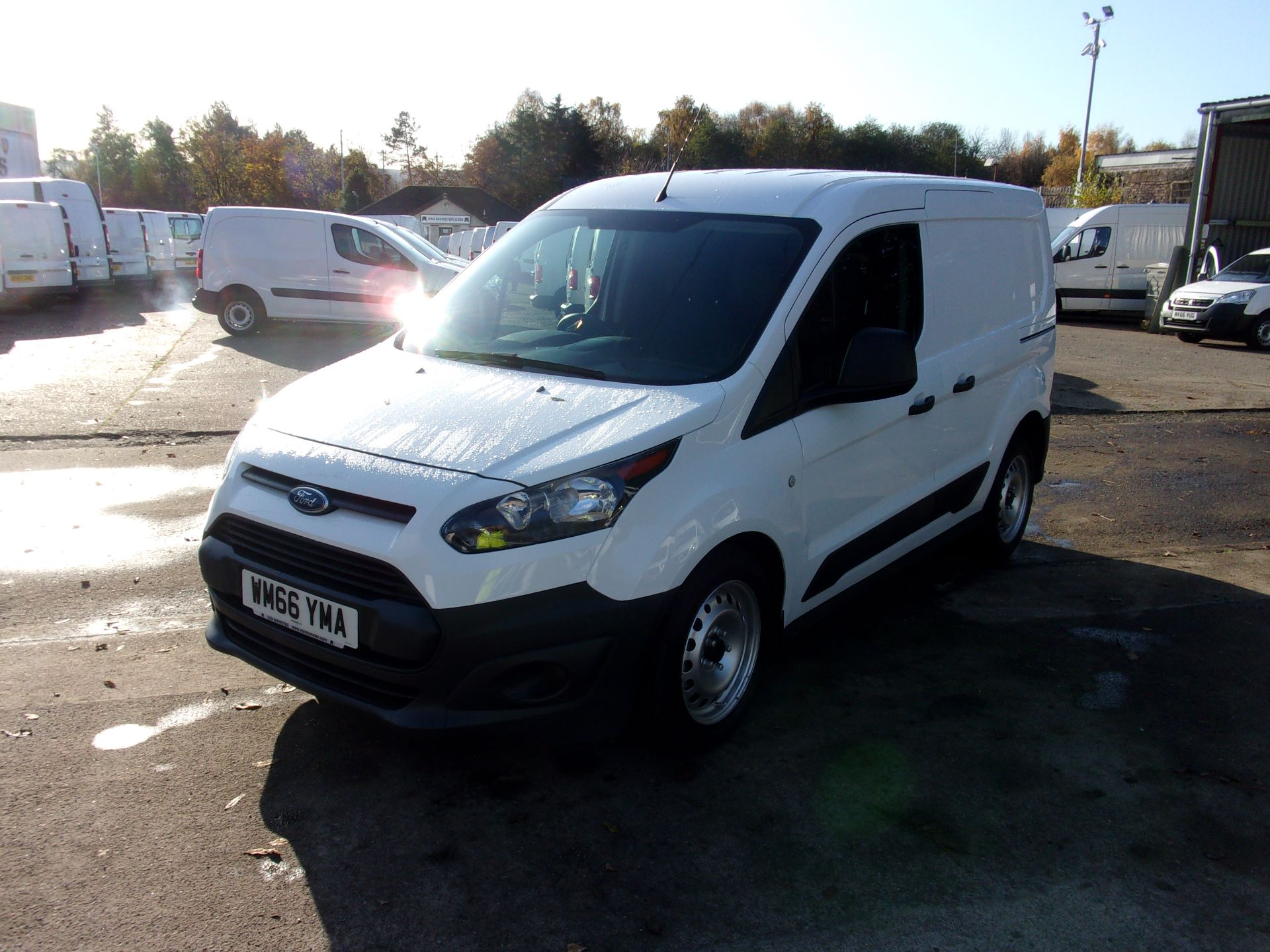 2016 Ford Transit Connect 200 L1 DIESEL 1.5 TDCI 75PS VAN (WM66YMA) Image 14