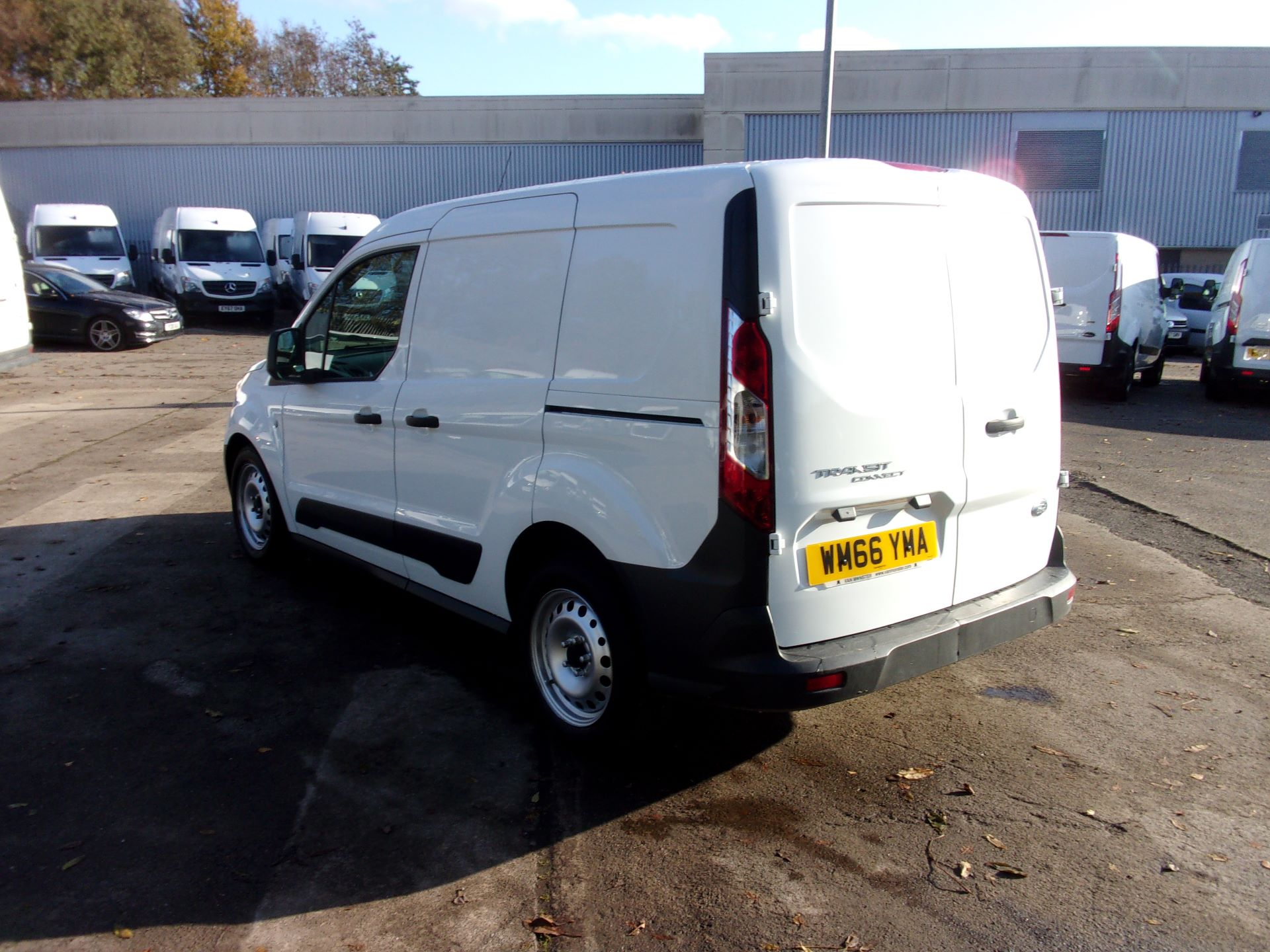 2016 Ford Transit Connect 200 L1 DIESEL 1.5 TDCI 75PS VAN (WM66YMA) Image 11