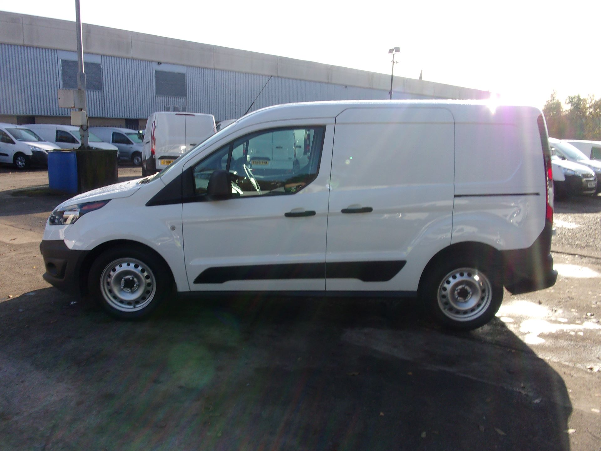 2016 Ford Transit Connect 200 L1 DIESEL 1.5 TDCI 75PS VAN (WM66YMA) Image 12