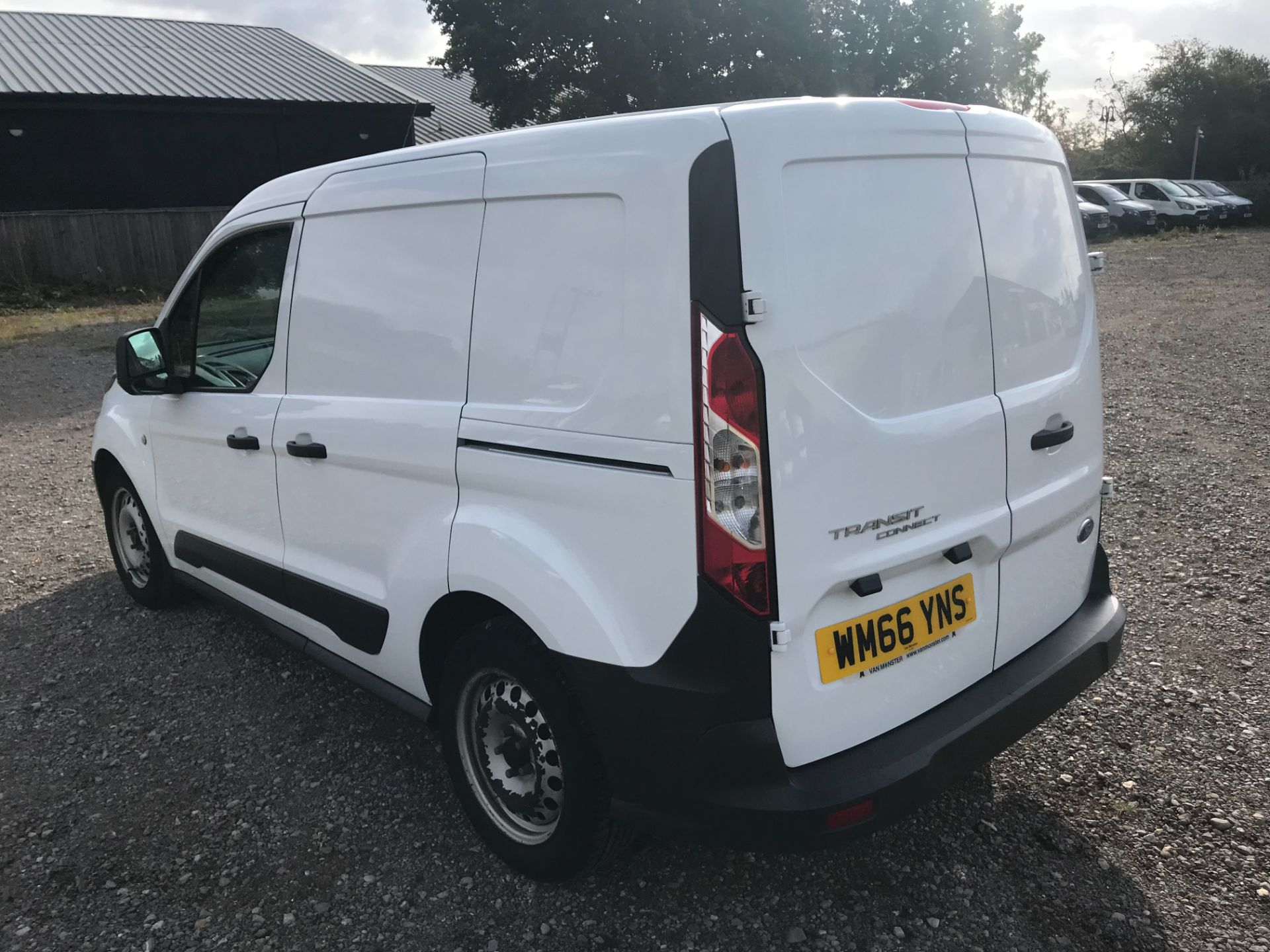 2016 Ford Transit Connect 1.5 Tdci 100Ps Van EURO 6 (WM66YNS) Image 6