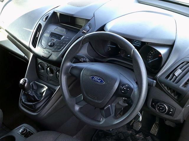 2016 Ford Transit Connect 200 L1 Diesel 1.5 TDCi 75PS Van EURO 6 (WM66YNT) Image 17