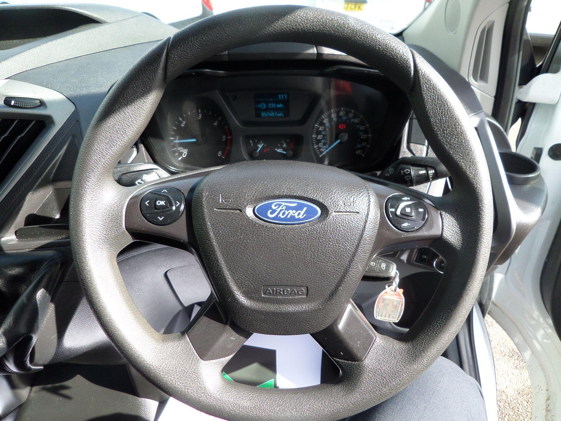 2016 Ford Transit Custom 2.0 Tdci 105Ps Low Roof Van Euro 6 (WM66ZHF) Image 15