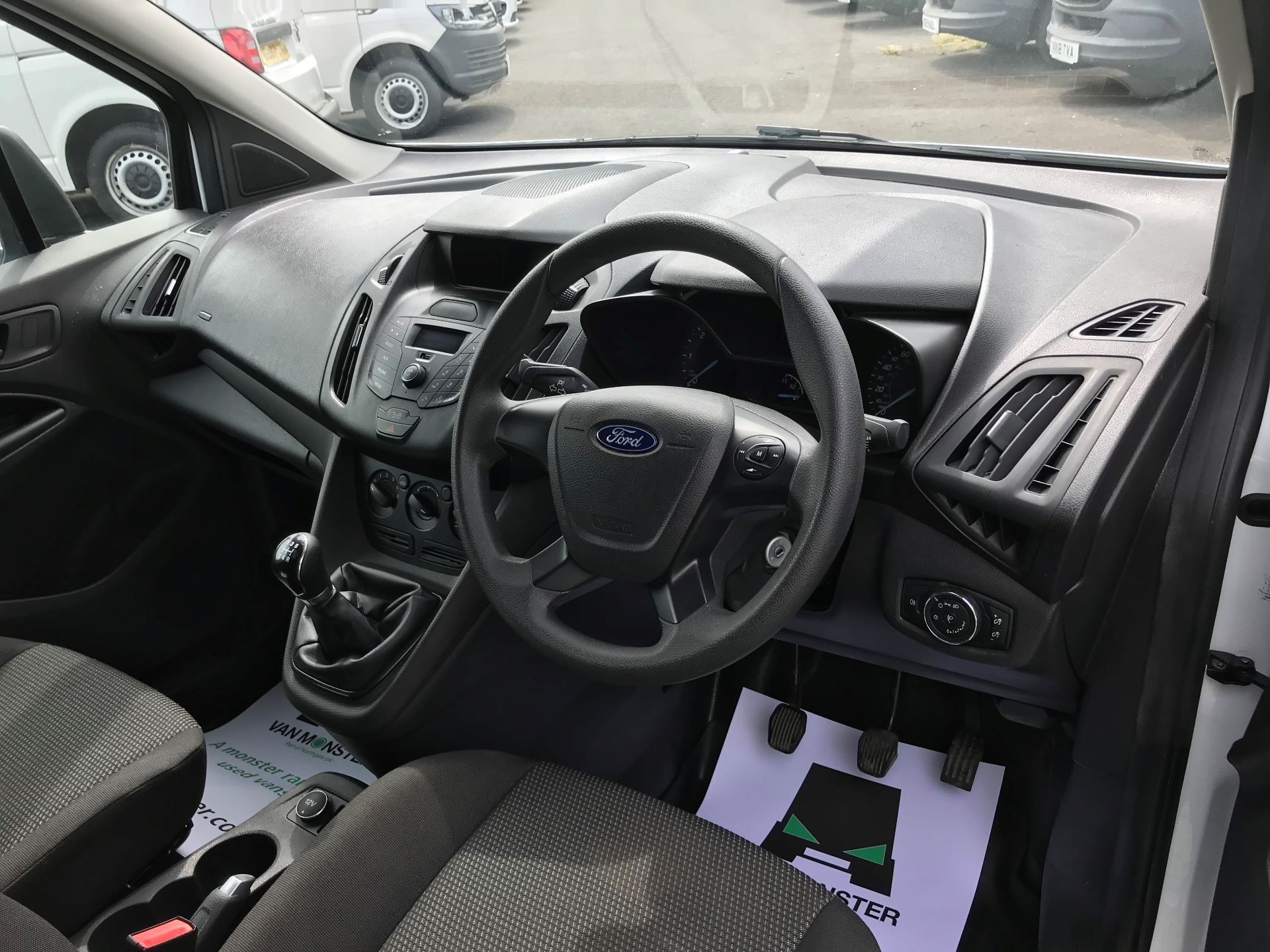 2016 Ford Transit Connect  200 L1 DIESEL 1.6 TDCI 100PS VAN EURO 6 (WM66ZHU) Image 17