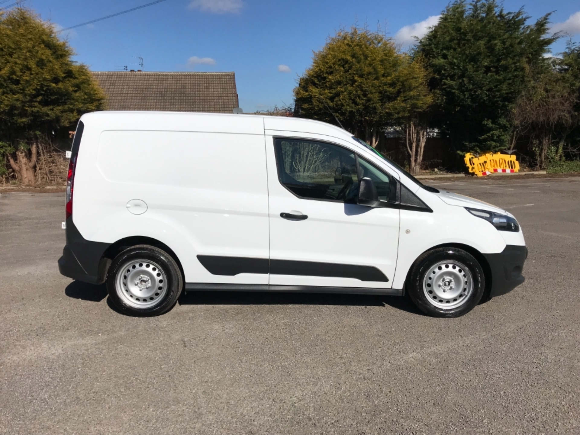 2015 Ford Transit Connect 1.6 Tdci 75Ps Van EURO 5 (WN15DJX) Thumbnail 8
