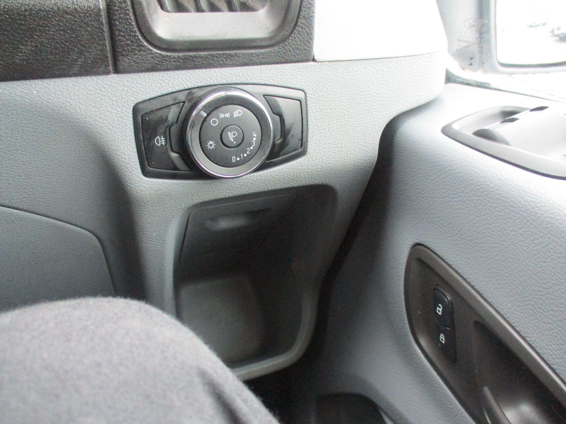 2017 Ford Transit L3 H3 VAN 130PS EURO 6 (WN17DXT) Image 18