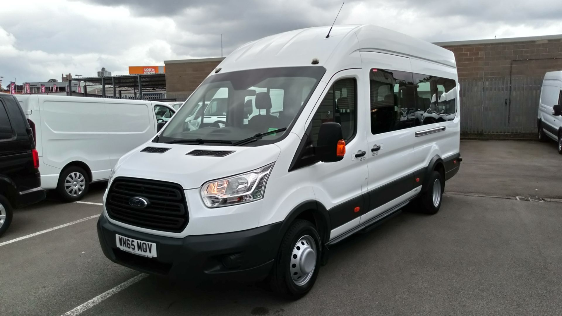 2015 Ford Transit 2.2 Tdci 125Ps H3 17 Seater (WN65MOV) Image 7
