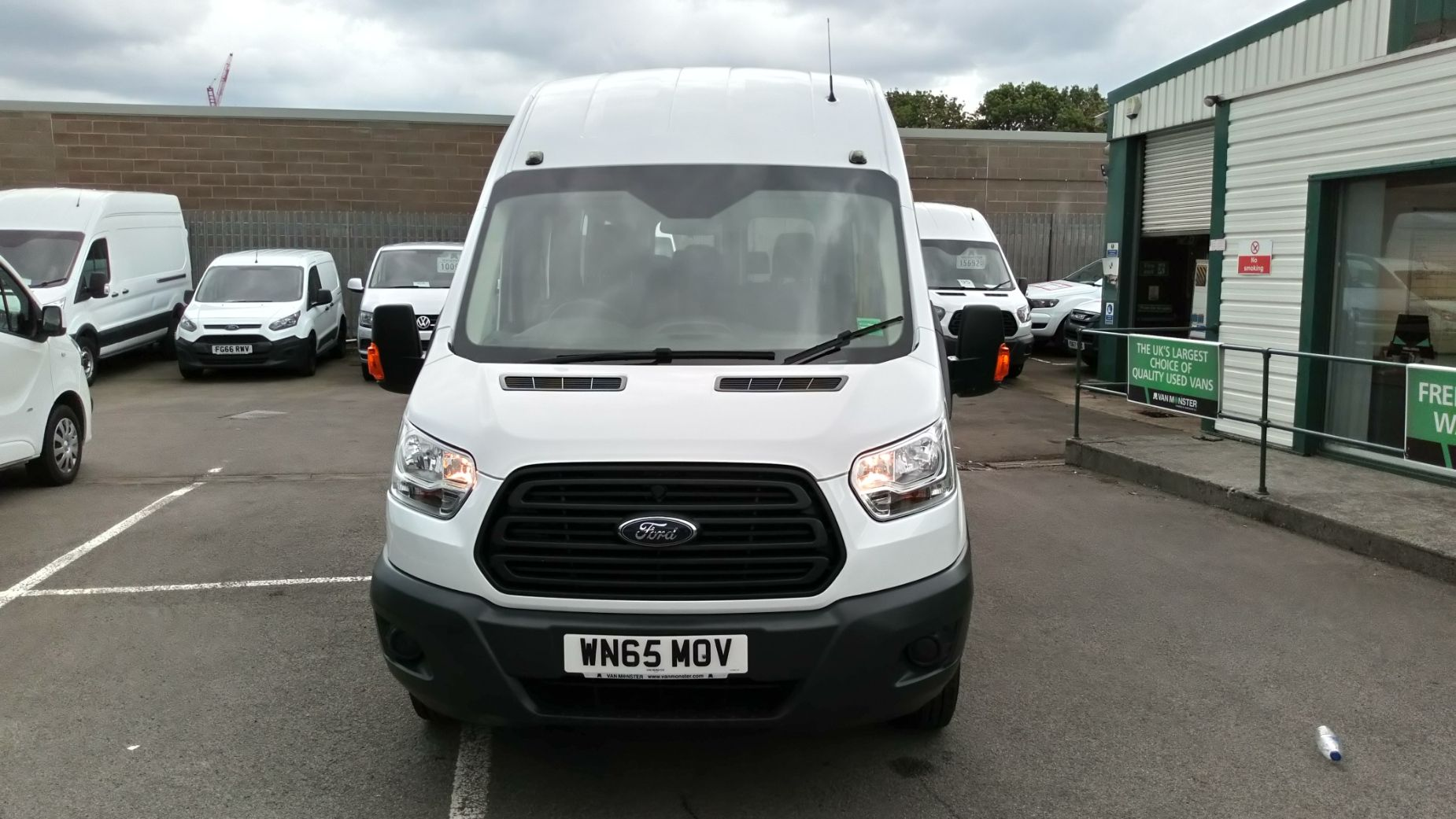 2015 Ford Transit 2.2 Tdci 125Ps H3 17 Seater (WN65MOV) Image 8