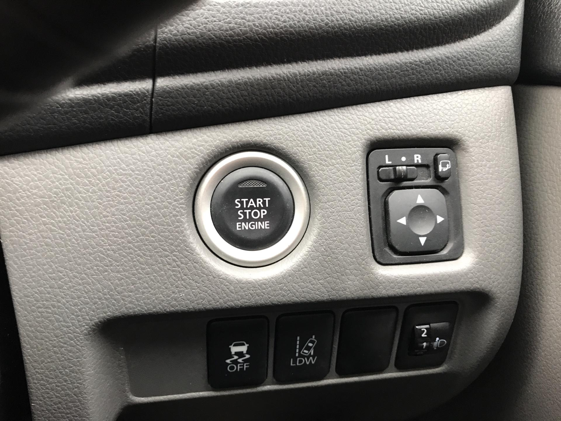 2016 Mitsubishi L200 DOUBLE CAB DI-D 178 WARRIOR 4WD AUTO EURO 5 (WN66WWD) Image 17