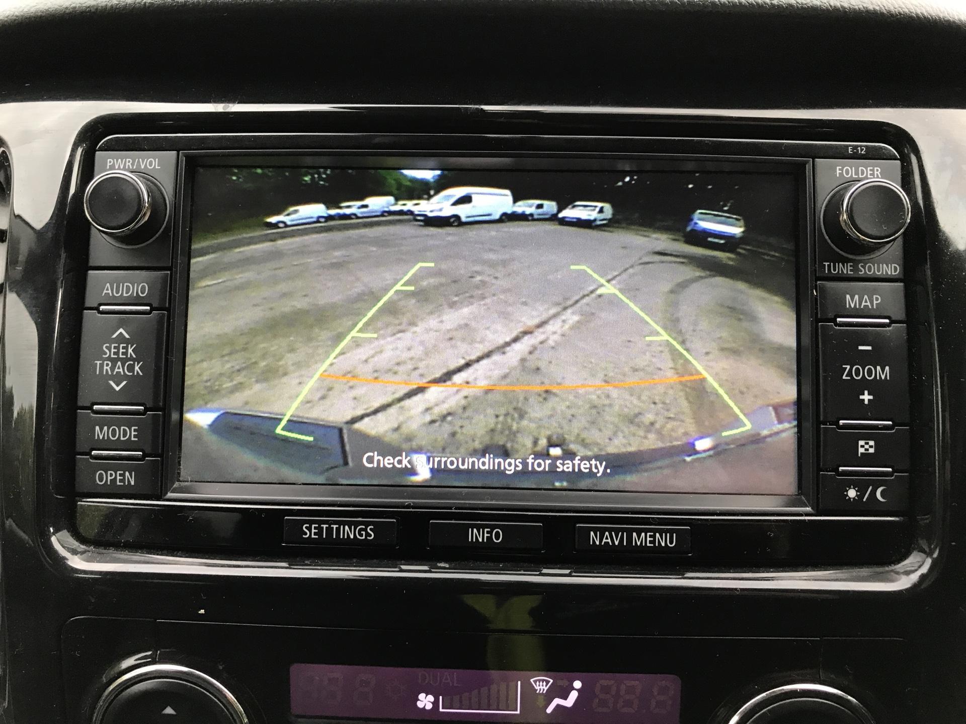 2016 Mitsubishi L200 DOUBLE CAB DI-D 178PS WARRIOR 4WD EURO 5 (WN66WXS) Image 18