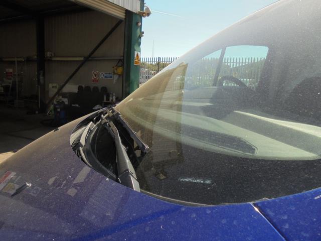 2016 Ford Transit Custom 290 L1 DIESEL FWD 2.2 TDCI 125PS LOW ROOF TREND VAN EURO 5 ( BLUE) (WO16VEM) Image 30