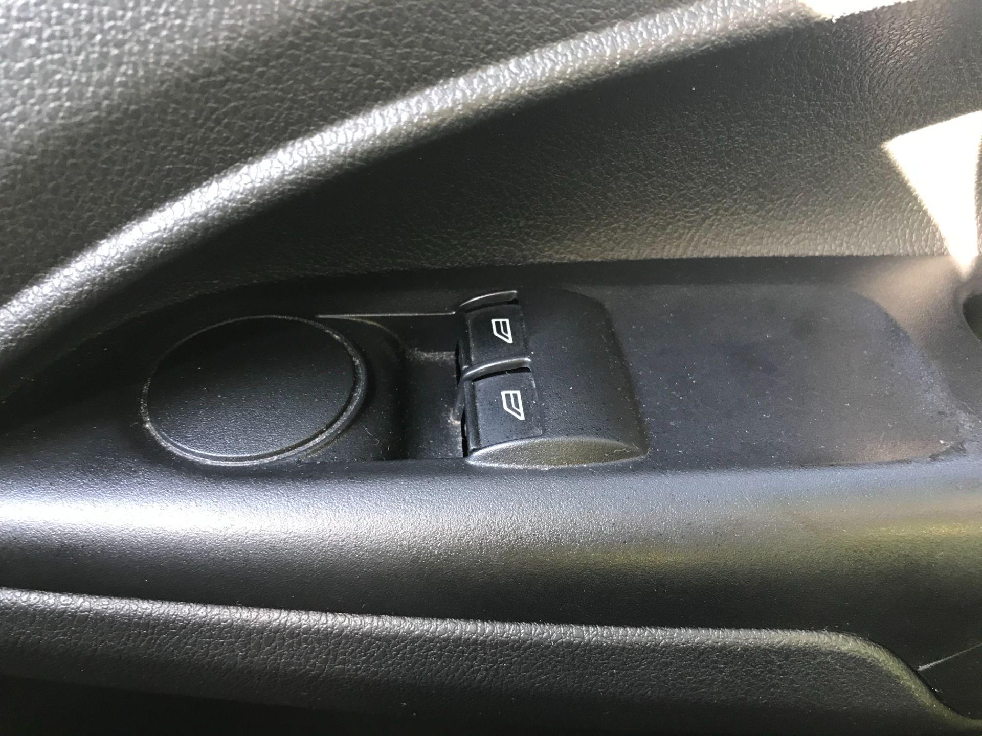 2016 Ford Transit Connect  200 L1 Diesel 1.5 TDCi 75PS Van EURO 6 (WP66JKO) Image 26