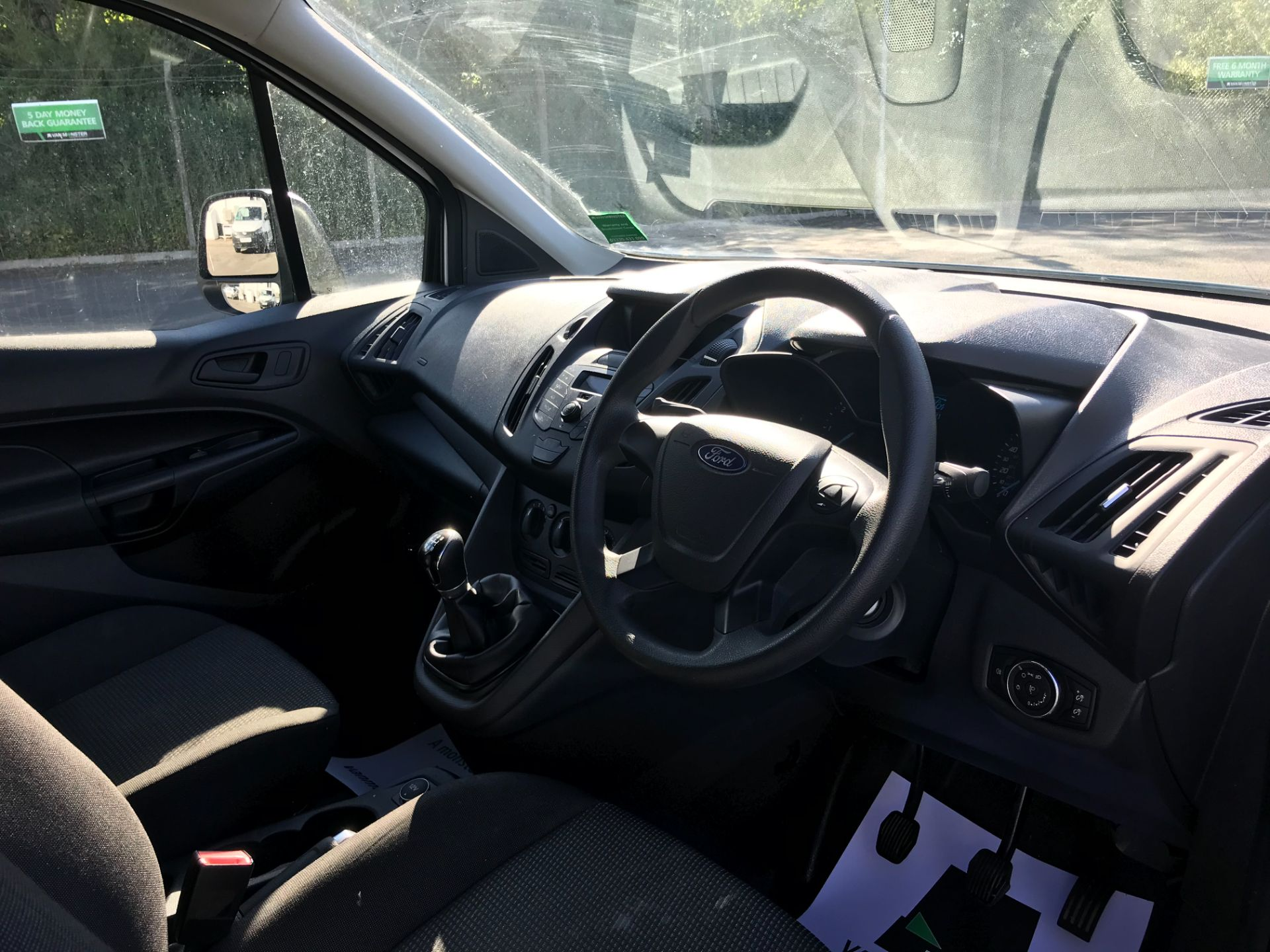 2016 Ford Transit Connect  200 L1 Diesel 1.5 TDCi 75PS Van EURO 6 (WP66JKO) Image 17