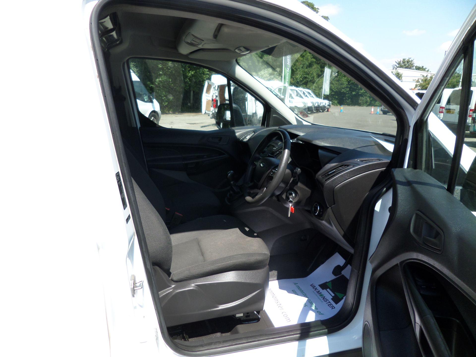 2016 Ford Transit Connect 1.5 Tdci 75Ps Van Euro 6 (WP66JNV) Image 10