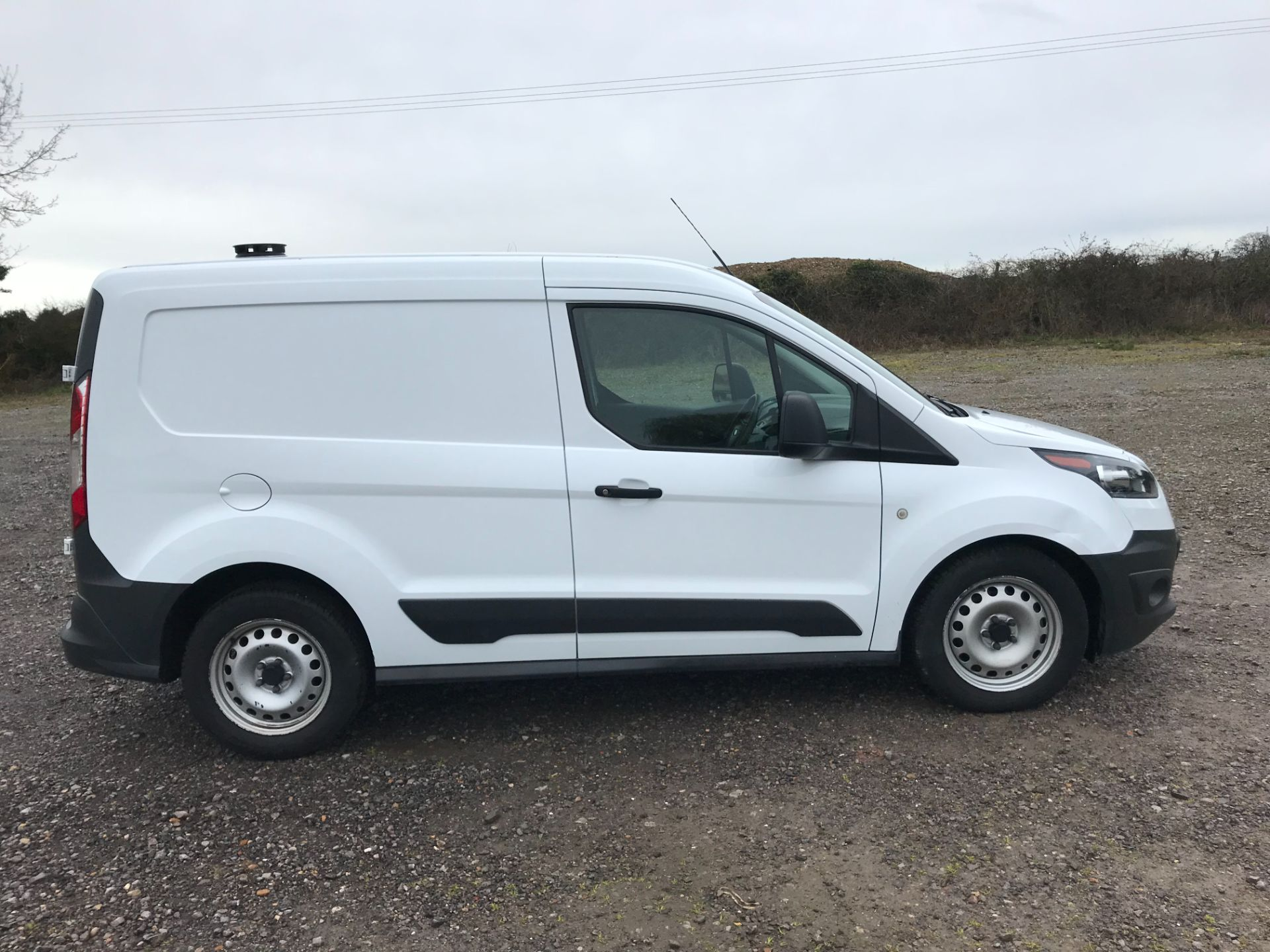2016 Ford Transit Connect  200 L1 Diesel 1.5 TDCi 75PS Van EURO 6 (WP66JUO) Image 9