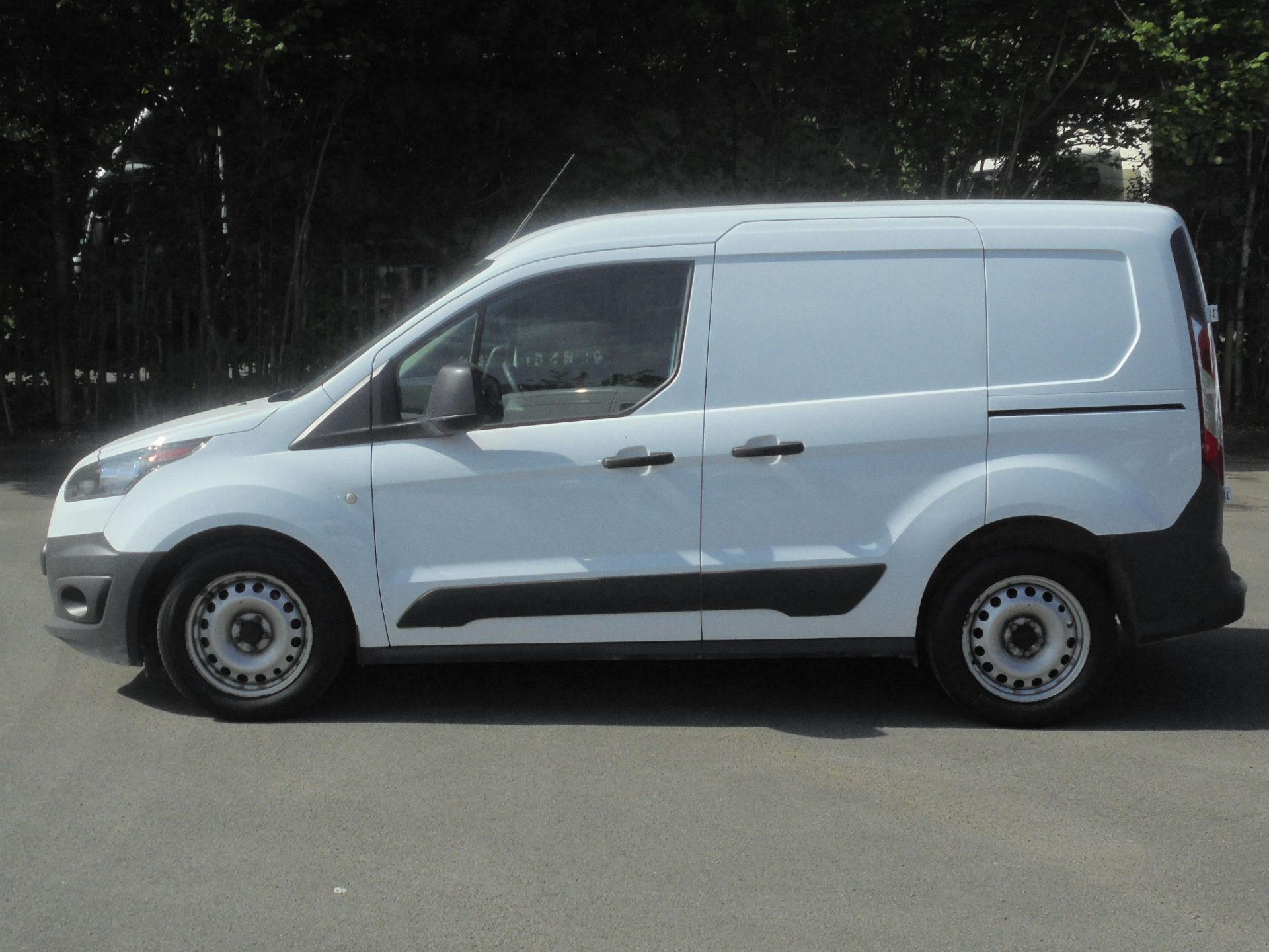2016 Ford Transit Connect 1.5 Tdci 75Ps Van (WP66WSO) Image 4