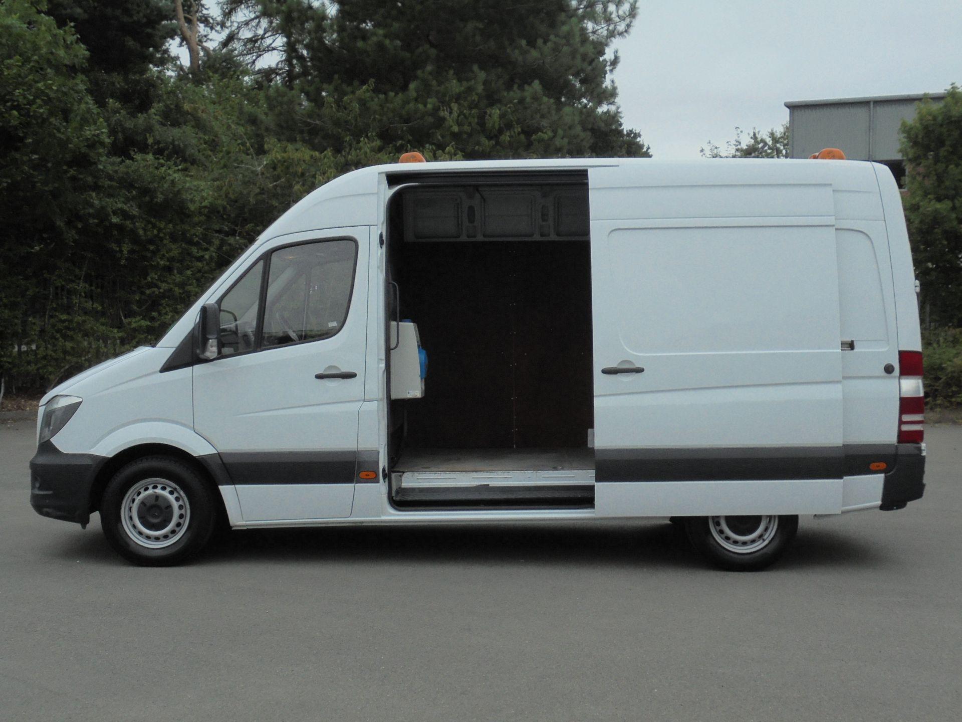 2017 Mercedes-Benz Sprinter 314 CDI 3.5T Van (Automatic) (WP67HXV) Image 6