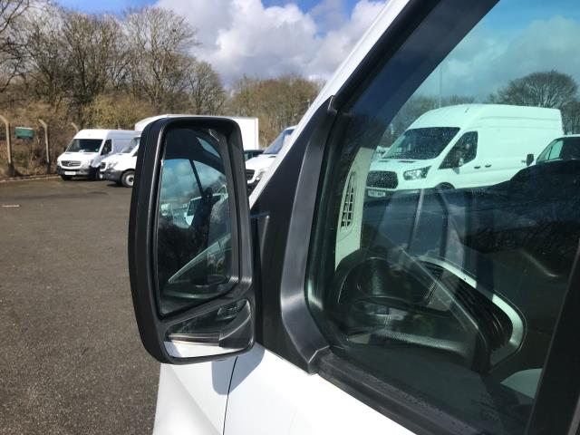 2018 Ford Transit Custom  290 L1 DIESEL FWD 2.0 TDCI 105PS LOW ROOF VAN EURO 6 (WP67ZCL) Image 14