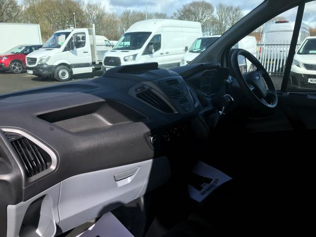 2018 Ford Transit Custom  290 L1 DIESEL FWD 2.0 TDCI 105PS LOW ROOF VAN EURO 6 (WP67ZCL) Image 16