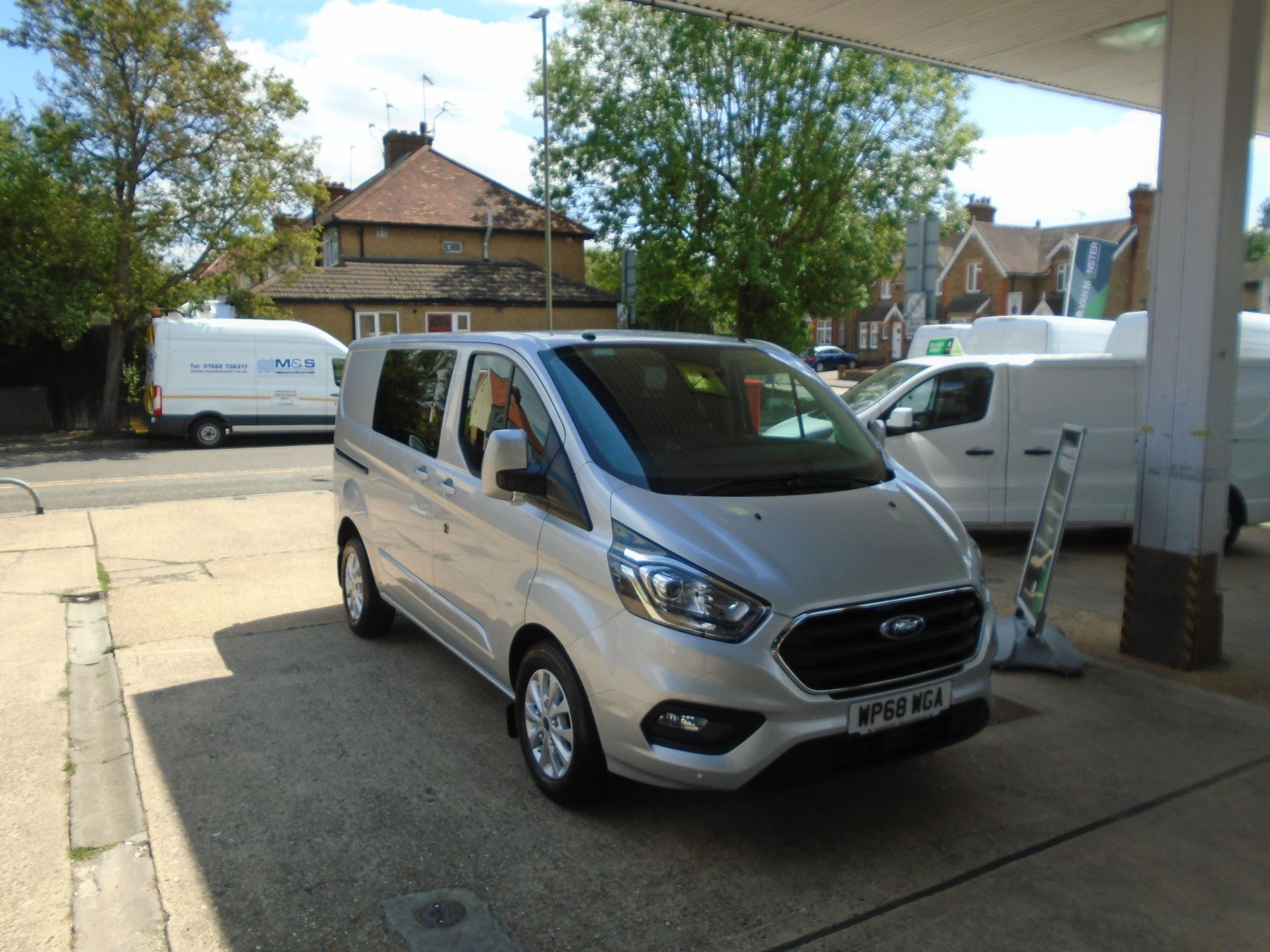 2018 Ford Transit Custom 2.0 Ecoblue 130Ps Low Roof D/Cab Limited Van EURO 6 (WP68WGA)