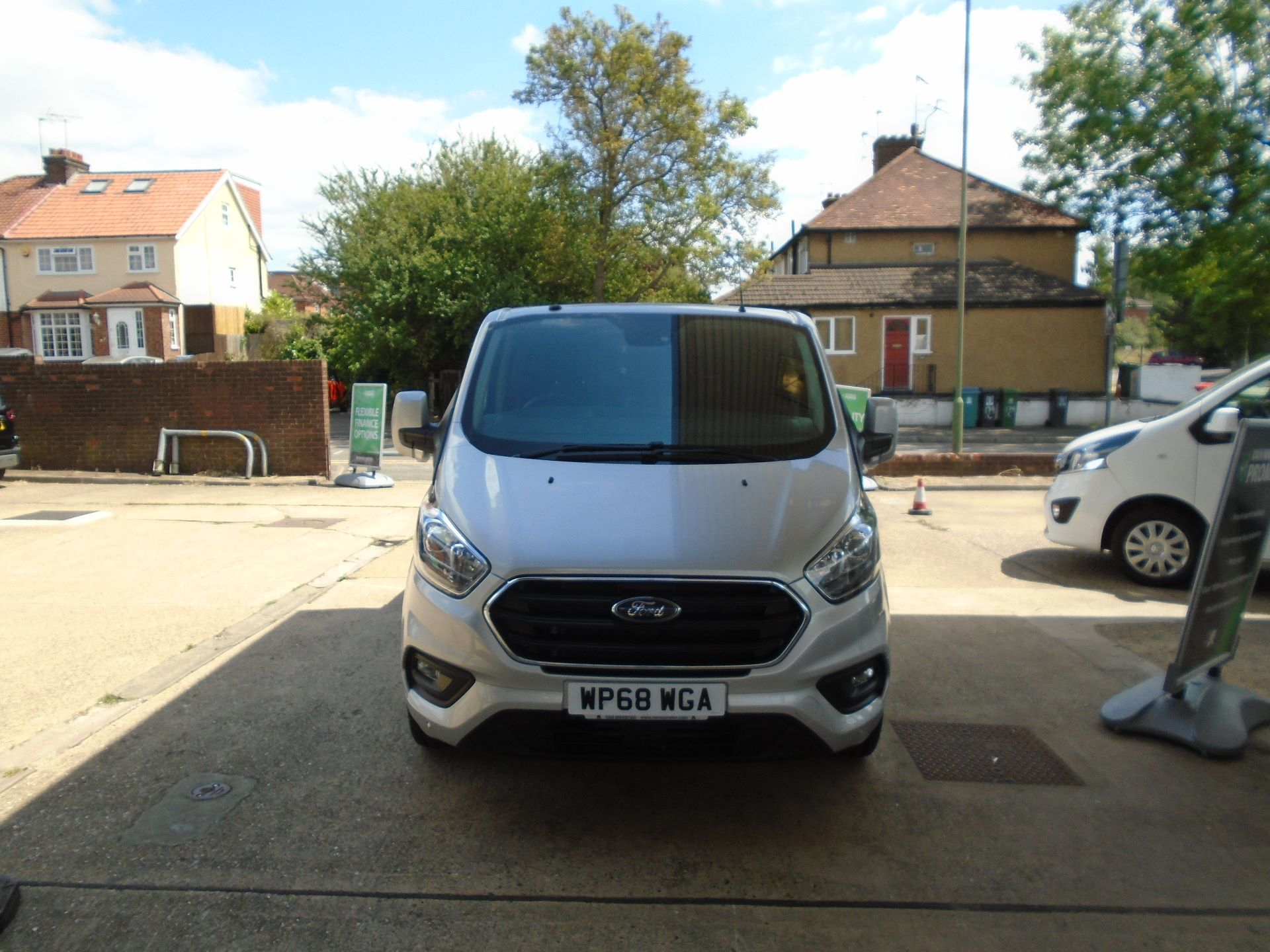 2018 Ford Transit Custom 2.0 Ecoblue 130Ps Low Roof D/Cab Limited Van EURO 6 (WP68WGA) Image 2
