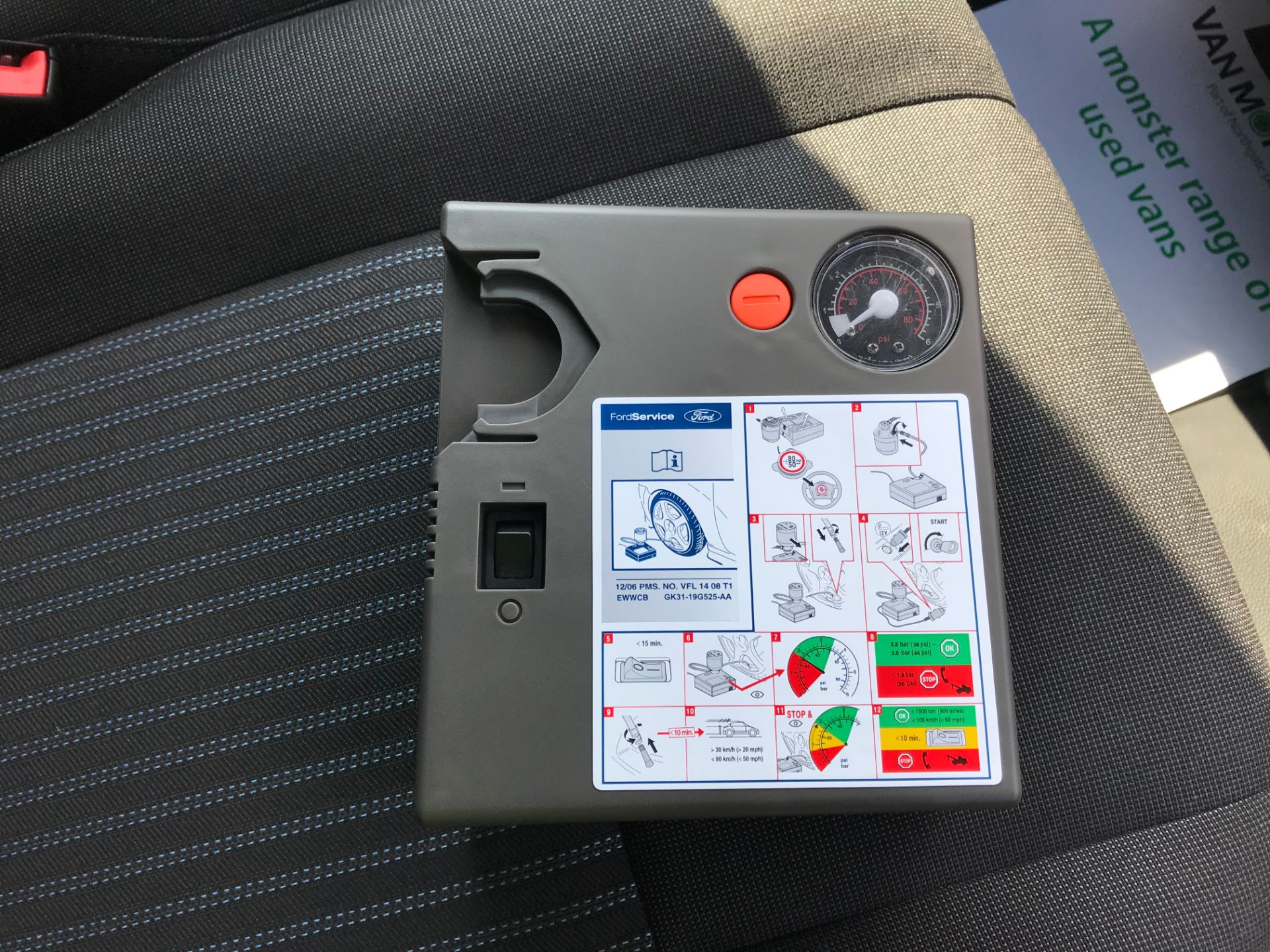 2018 Ford Transit 2.0 TDCi 130ps H2 D/Cab Trend Van Auto (WP68WHL) Image 23