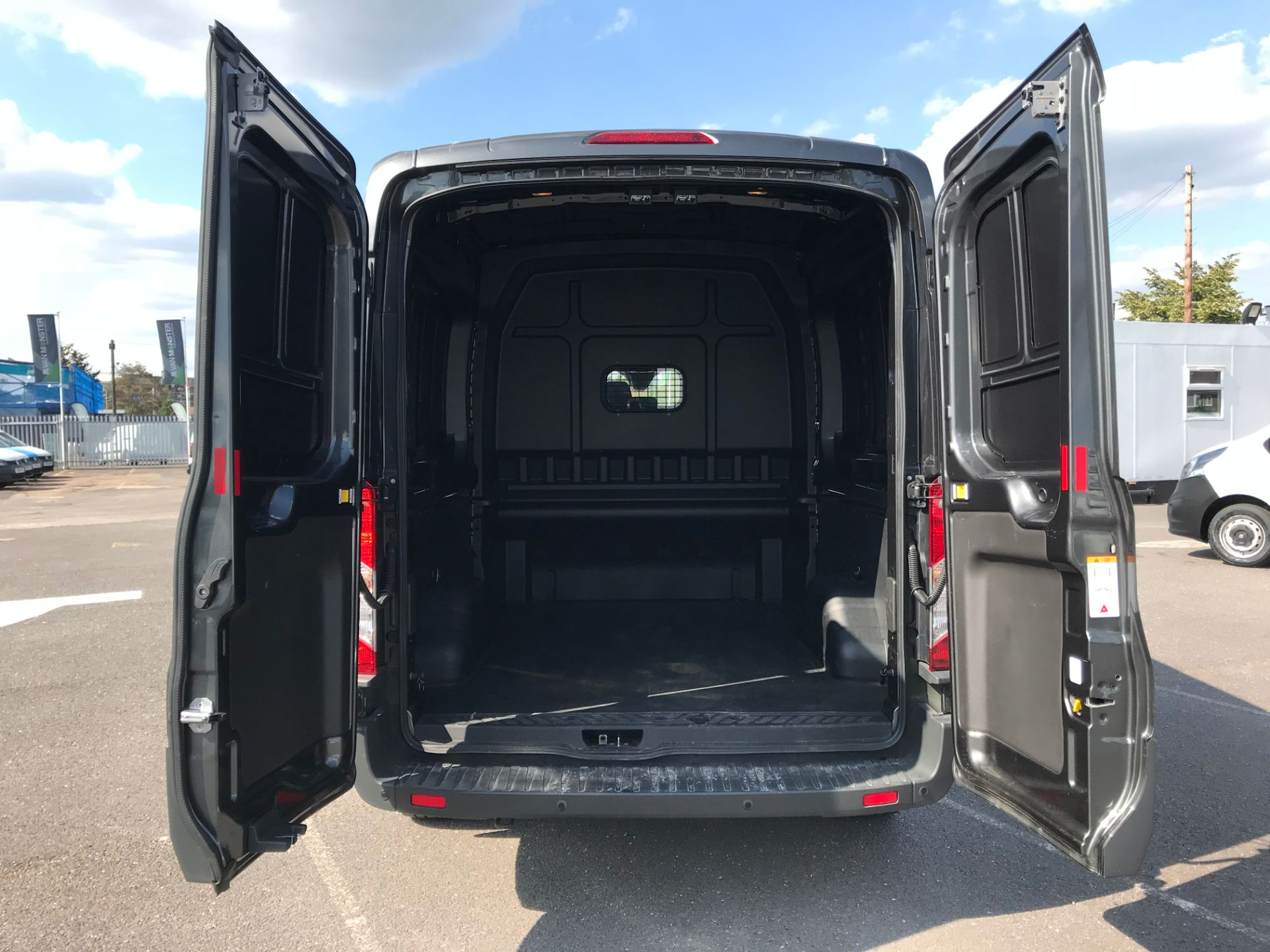 2018 Ford Transit 2.0 TDCi 130ps H2 D/Cab Trend Van Auto (WP68WHL) Image 12
