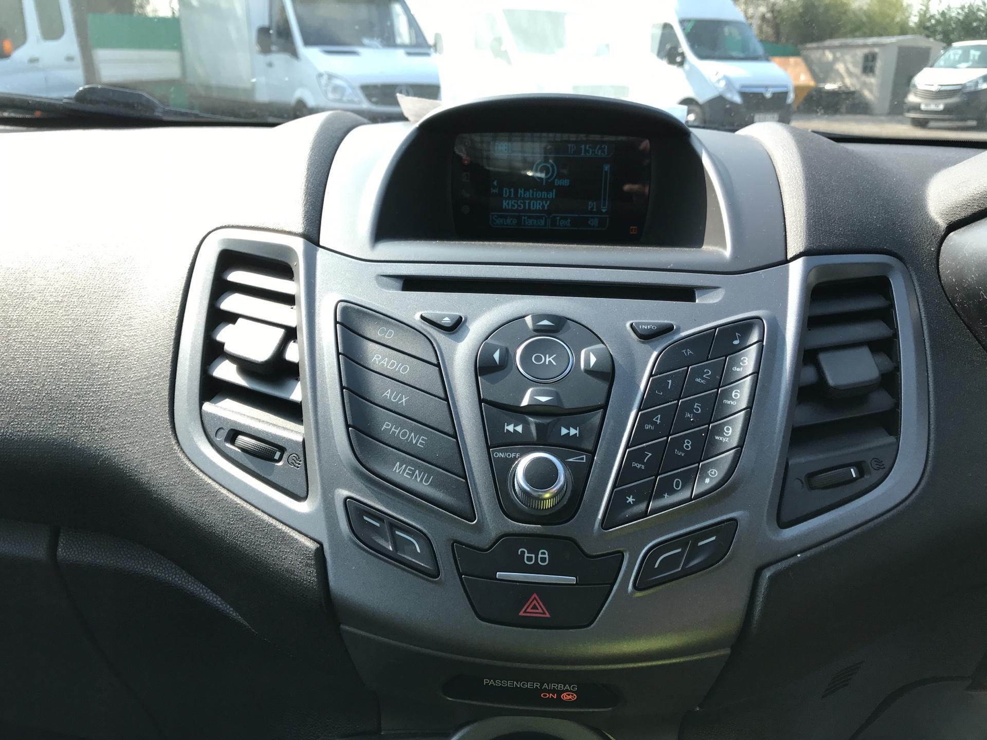 2015 Ford Fiesta   DIESEL 1.5 TDCI VAN EURO 5 (WR15ZCJ) Image 10