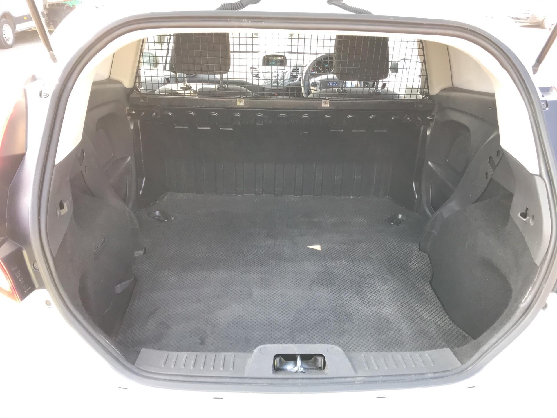 2015 Ford Fiesta   DIESEL 1.5 TDCI VAN EURO 5 (WR15ZCJ) Image 20